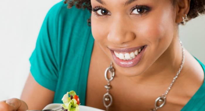 Nutrientes que ajudam na saúde bucal
