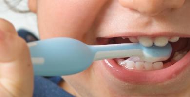 Entenda tudo sobre o nascimento dos dentes do seu bebê