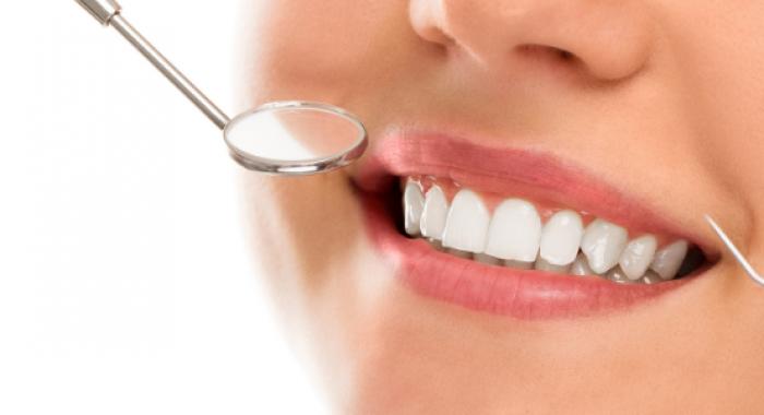 Entenda a função da saliva no corpo humano