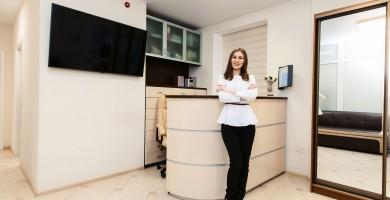 Secretária de consultório e recepcionista: qual a diferença e quem contratar?