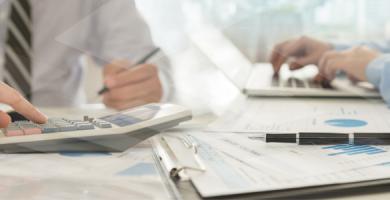 7 sinais de que sua clínica odontológica precisa de melhor controle financeiro e administrativo