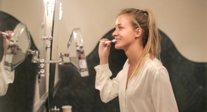 5 passos para ter uma higiene bucal impecável