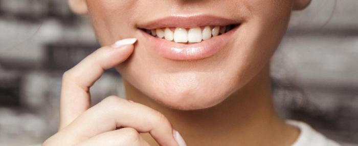 Entenda quais fatores podem te ajudar no Clareamento Dental