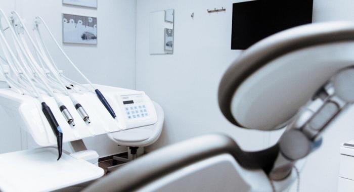 Os procedimentos odontológicos que sua clínica precisa ter